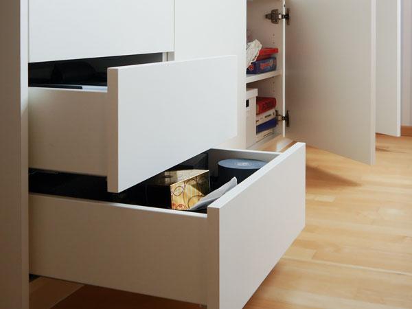 Schubladen und Türen mit Tip-On-Funktion